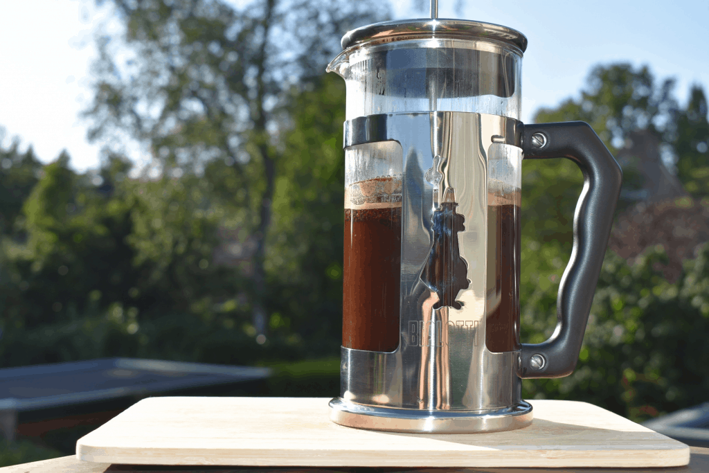 Beginner French press coffee questions. Fresh brew of French press coffee
