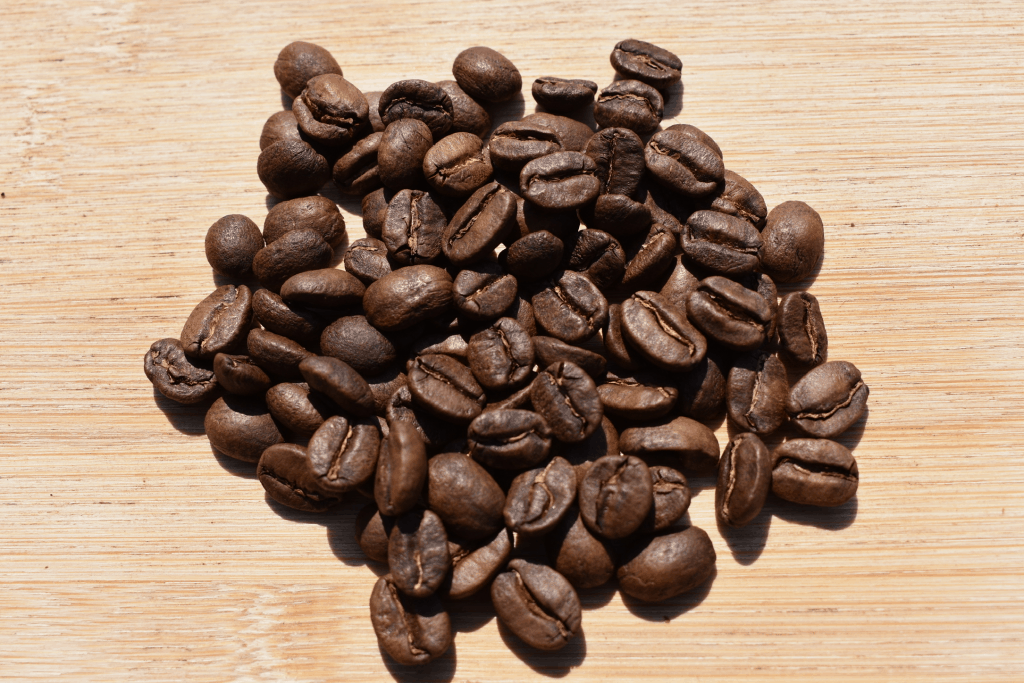 Photo of light roasted coffee beans to compare