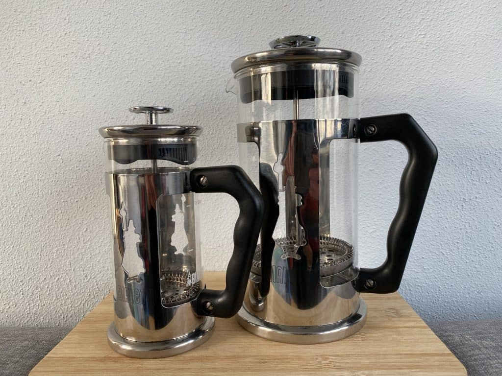 2 different sizes of the Bialetti French press