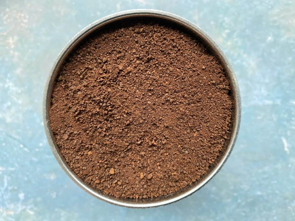Coffee grind size used for brewing coffee with the Moka pot