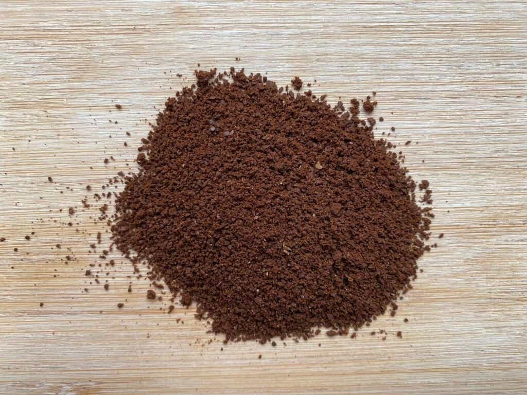 """""""Coffee grind size used to brew AeroPress coffee at home."""""""