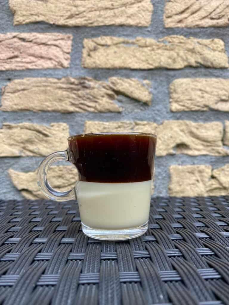 Café Bombon, ready to drink.